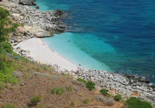 beach Cala Torre dellUzzo 55db78b81a792 2 e1539101989591 500x350 - riserva dello zingaro